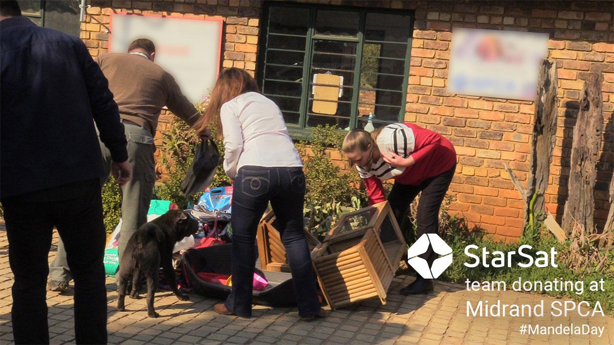 StarSat Team Donating at Midrand SPCA