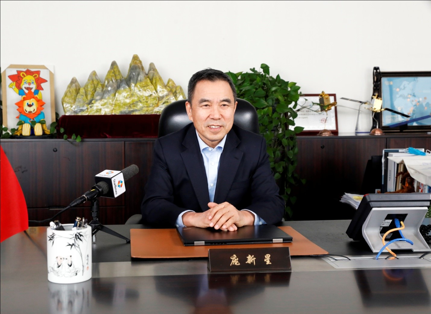 "Feature Story - StarTimes chairman Pang Xinxing's ""4 Healthy initiatives "" to fight the COVID-19 outbreak"